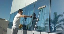 pulizia vetri ad alta quota, pulizia vetrate