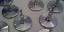 lucidatura metalli, trattamenti superficiali metalli, lavaggio particolari metallici