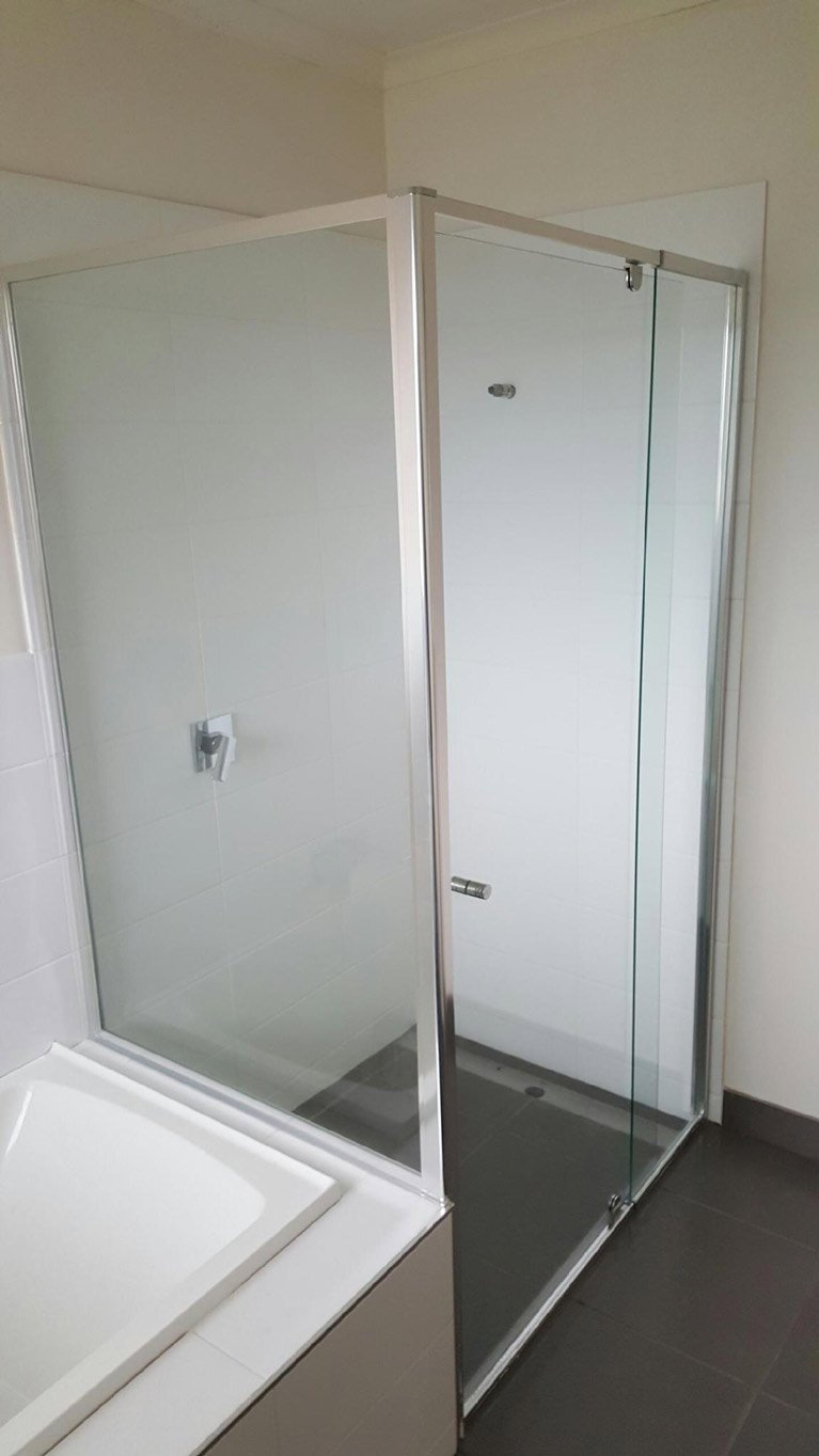 Wet Room Shower Screen   High