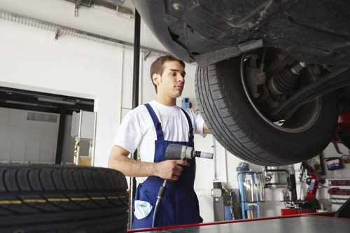 used tire dealer mechanic in Houston, MO