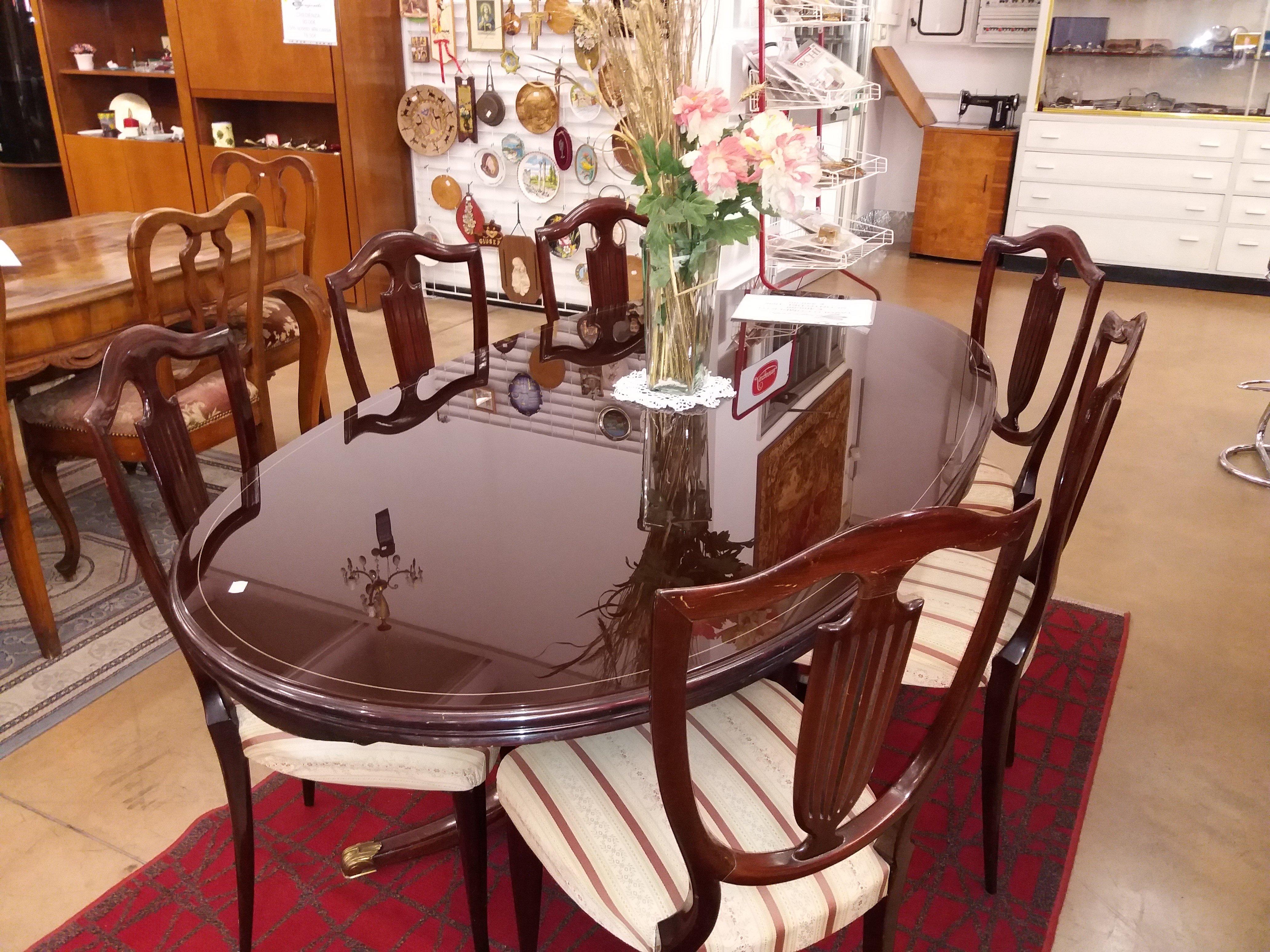tavolo completo di set 2