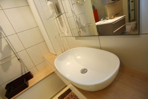 portasalviette, rubinetti miscelatori, seggiolini per bagno