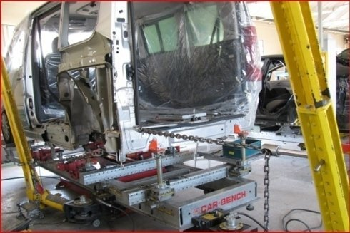 lavoro su carrozzeria furgone