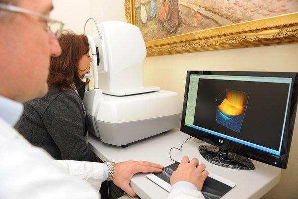 Correzione ipermetropia