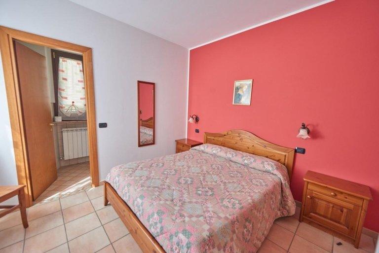 letto camera rosa antico