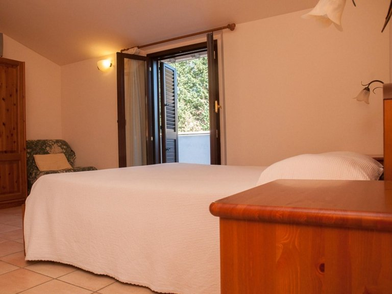 last minute camere assisi