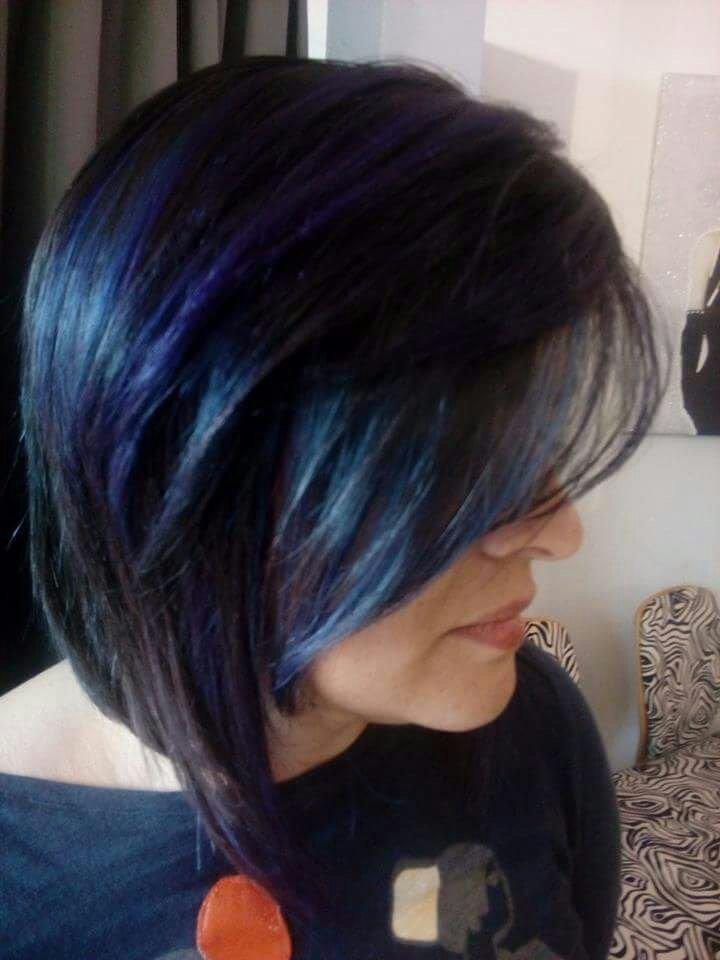 taglio donna capelli colorati