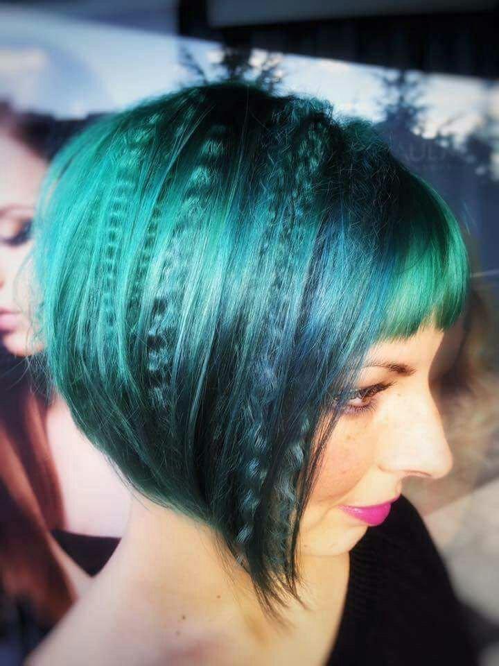 taglio donna capelli caschetto verdi