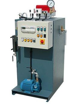 Generatore di vapore a focolare interno, tipo STFV a due giri