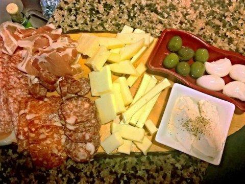 aperitivo enoteca roma