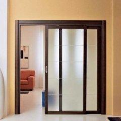 porta scorrevole in legno, porta in vetro