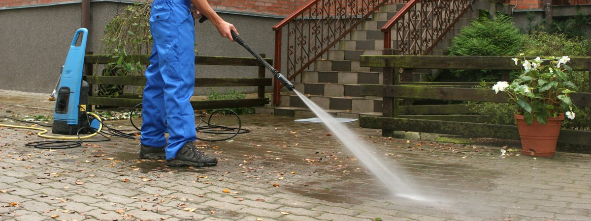 Jet Washing Cheshire | Driveway Cleaning | Patio Cleaning Call Today