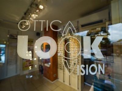 negozio ottica look vision prato