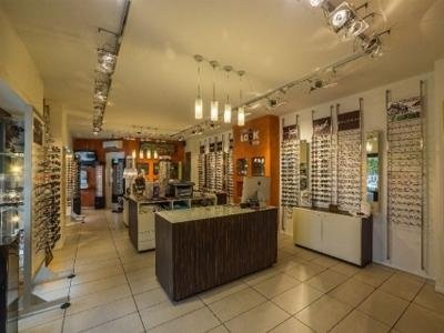 consulenza occhiali da vista prato