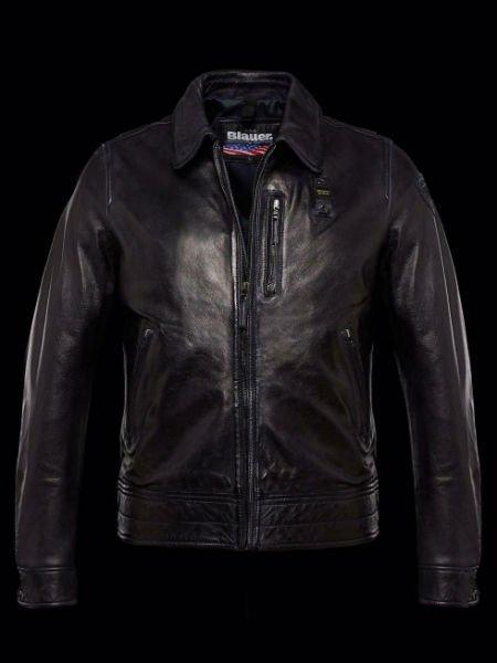 una giacca di pelle di color nero