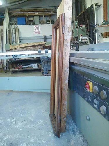 Interna della fabbrica di carpentiere