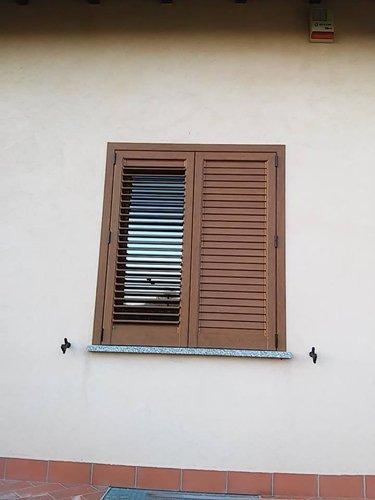 finestra in persiane