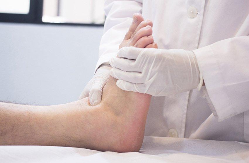 foot doctor exam