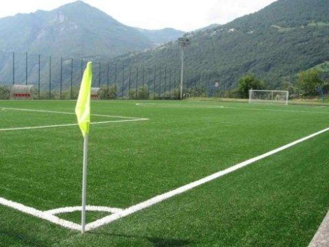 Taglio erba campo da calcio