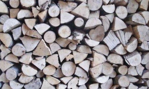 della legna vista da vicino