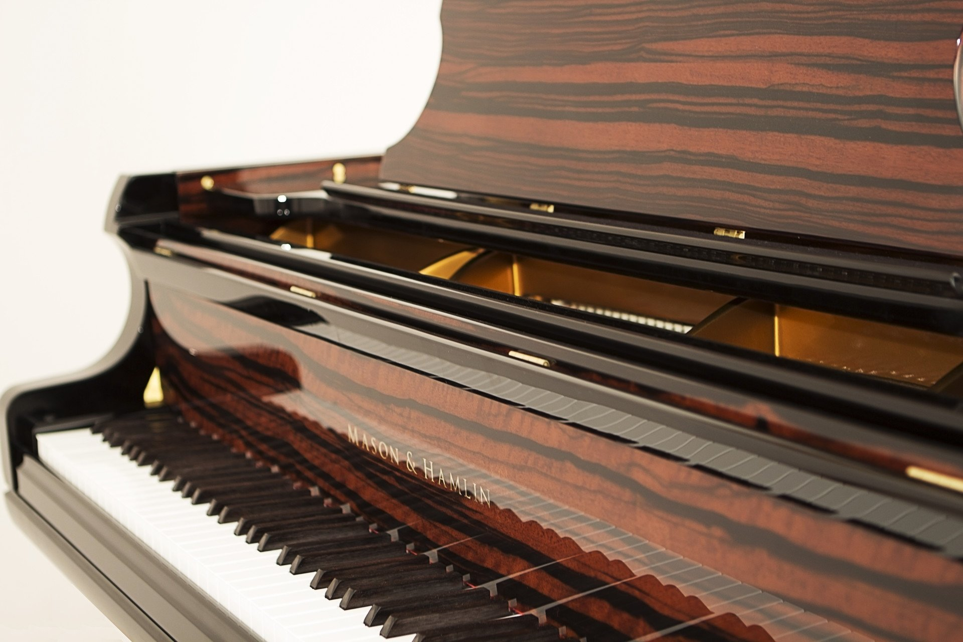 Grand Piano in San Mateo, CA - World Class Pianos