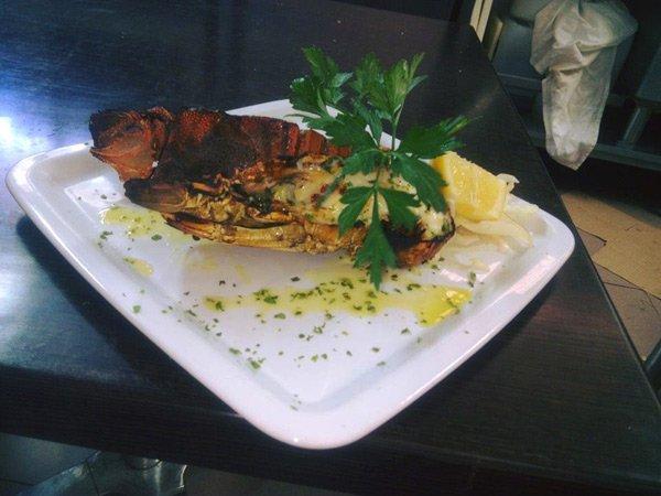 aragosta nel piatto