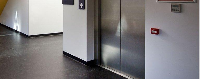 passenger lift maintenance