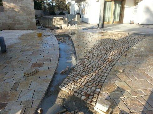 Pavimenti esterni fase realizzazione