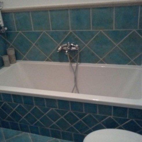 Rivestimento piastrelle bagno