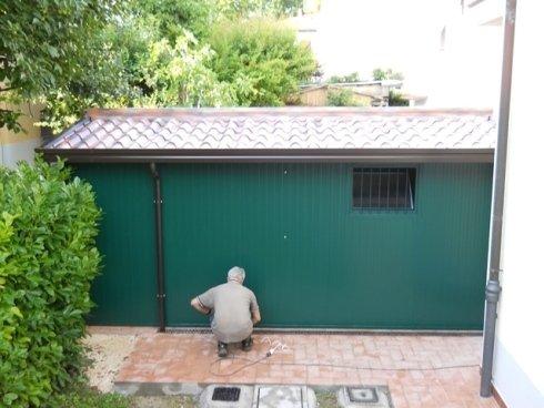 box coibentato verde con copertura finto coppo reale
