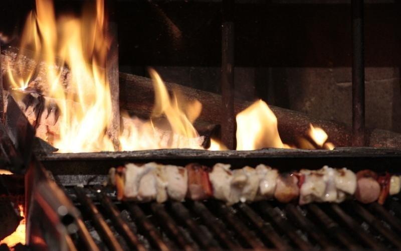 spiedini sul grill