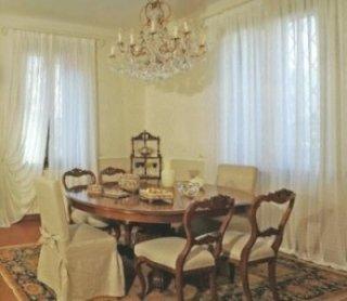 salotto classico, tende classiche, salotti in stile
