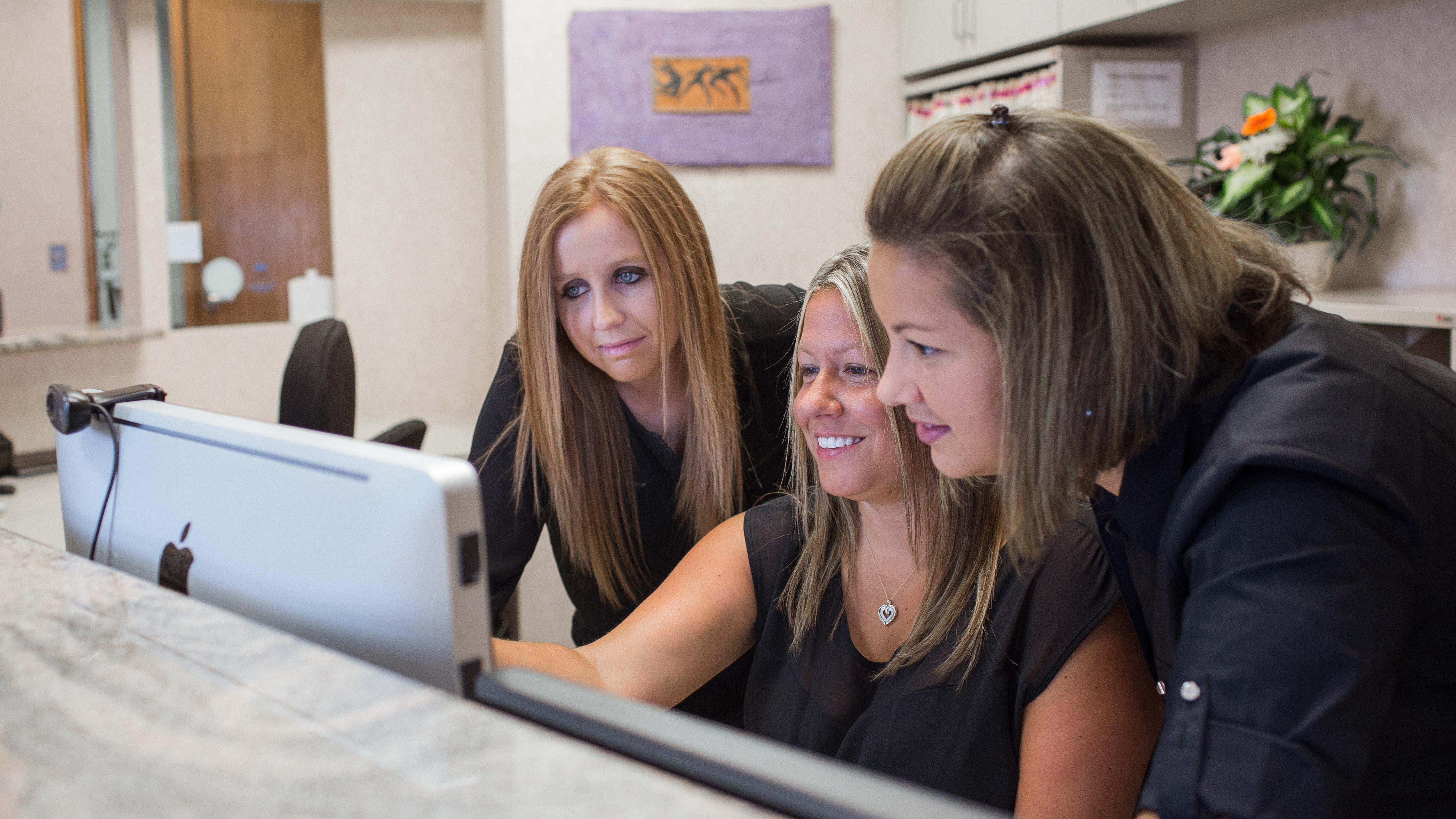 Front desk staff  Saugus, MA