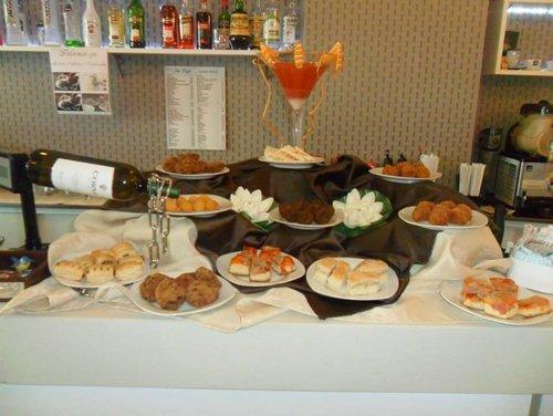 buffet aperti anche a pranzo a Rende