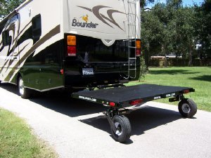 Trailer with castering wheels