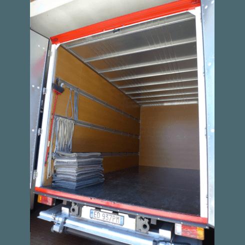 Camion attrezzati per trasloco