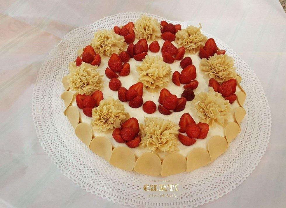 torta alla frutta compleanno