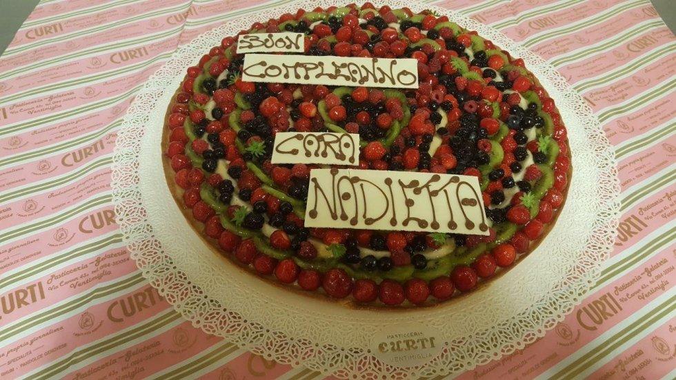 torte alla frutta di compleanno