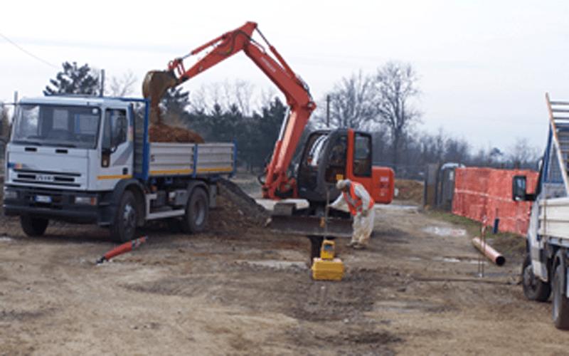 gru e scavi stradali