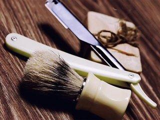 Vendita pennelli e rasoi da barba