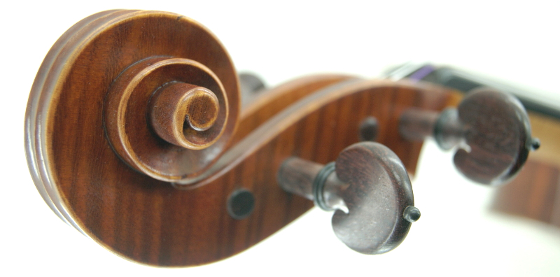 Strad copy Violin head