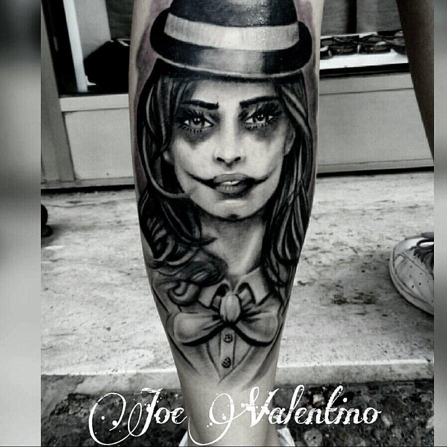 tatuaggio sul polpaccio