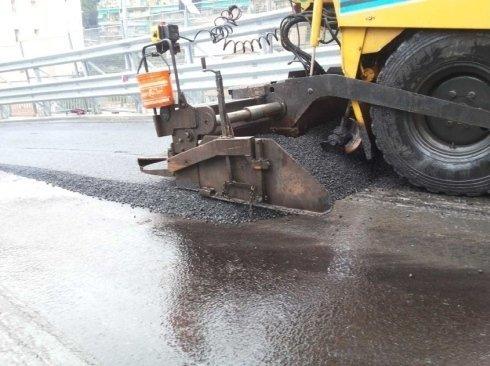 posa asfalto