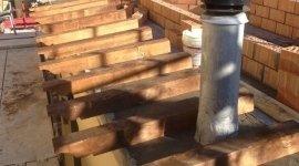Nuova copertura del tetto a tre falde