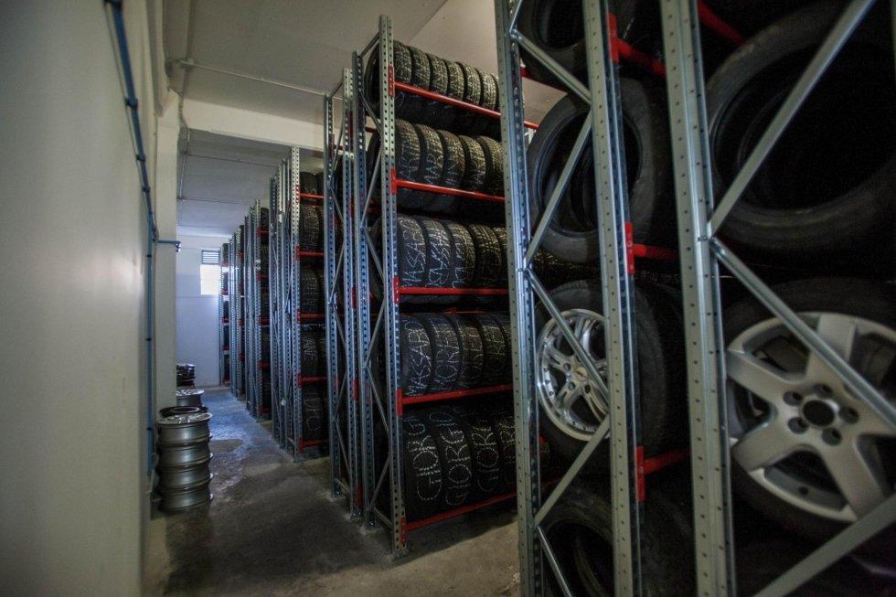 pneumatici in magazzino