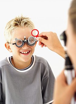 optometrist exam on a child in West Chester, OH