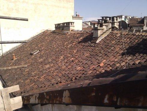 interventi di restauro edili, rifacimento tetti, costruzione tetti