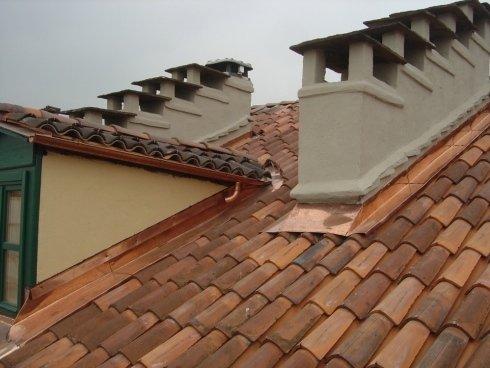 professionisti in tetti, coperture nuove, esperti in tetti sicuri
