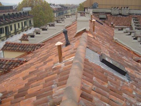 rinnovo tetti, coperture, tetti con tegole nuove