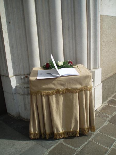 Allestimenti e addobbi-Motta Onoranze Funebri 1945-Milano